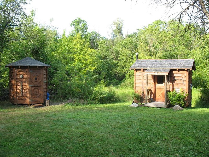 Social distancing is the norm at cabin for 2, holiday rental in Chippewa Lake