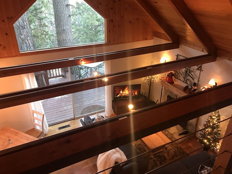 Storybook Chalet with a Modern Twist - Lake Arrowhead, vacation rental in Twin Peaks