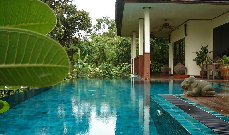 Full Board Private Pool Villa in the Rice Paddies;Thai welcome, holiday rental in Udon Thani