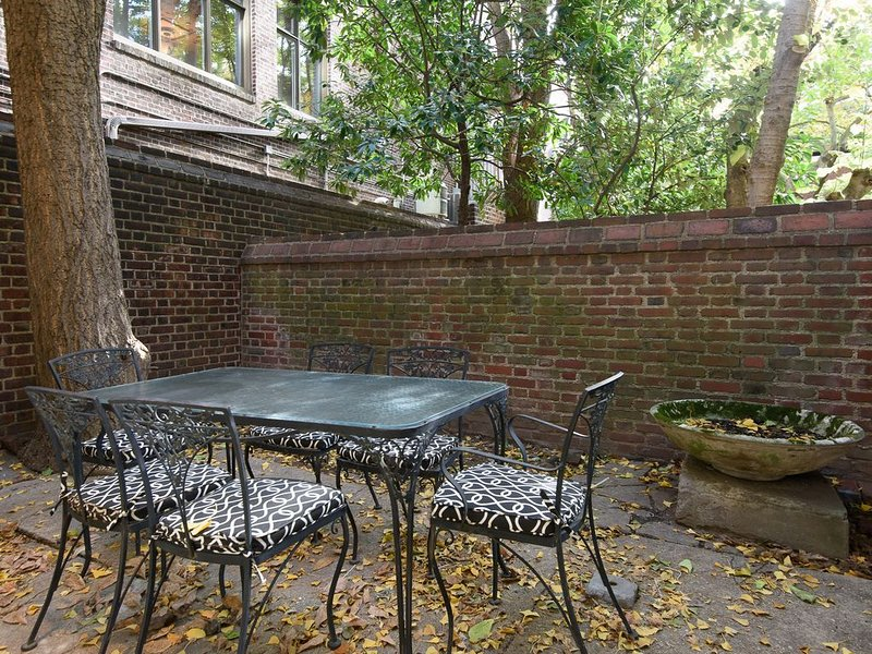 Charming Rittenhouse Colonial Guest House, location de vacances à Philadelphie