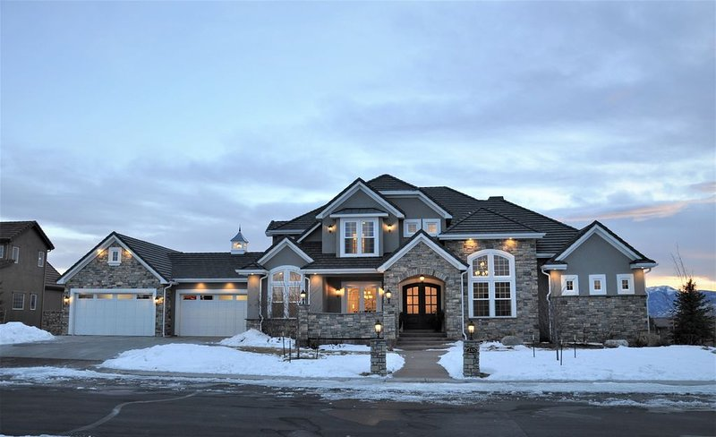 Luxury Custom Home Perfect for USAFA Graduation, vacation rental in Black Forest