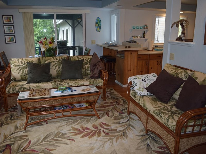 Special for monthly rentals $2200/month- perfect for Dr/Nurses/prof., vacation rental in Paauilo