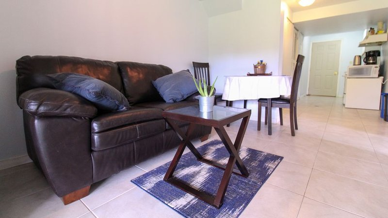 Relax in a natural setting in the middle of Guelph, vacation rental in Centre Wellington