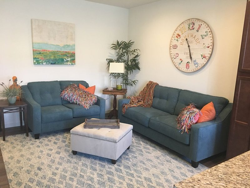 Convenient to Everything and barely two years old!, holiday rental in Reno
