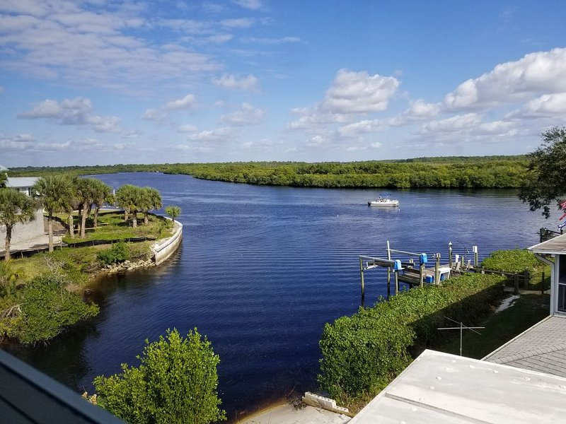 WaterFront, access to the gulf , Atlanta Braves baseball golf courses, vakantiewoning in Warm Mineral Springs