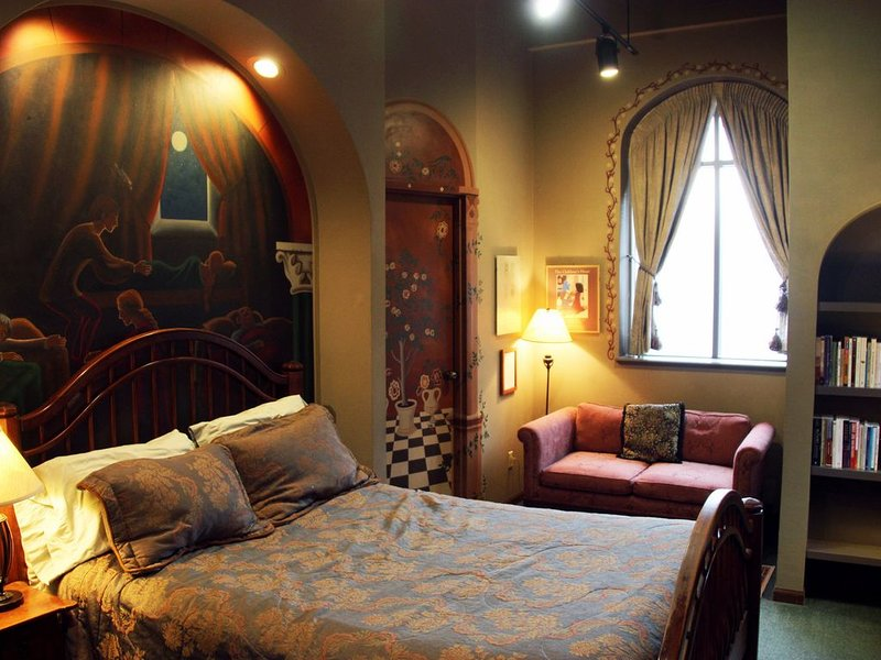 One of 2 queen rooms, The 'Reeves' room