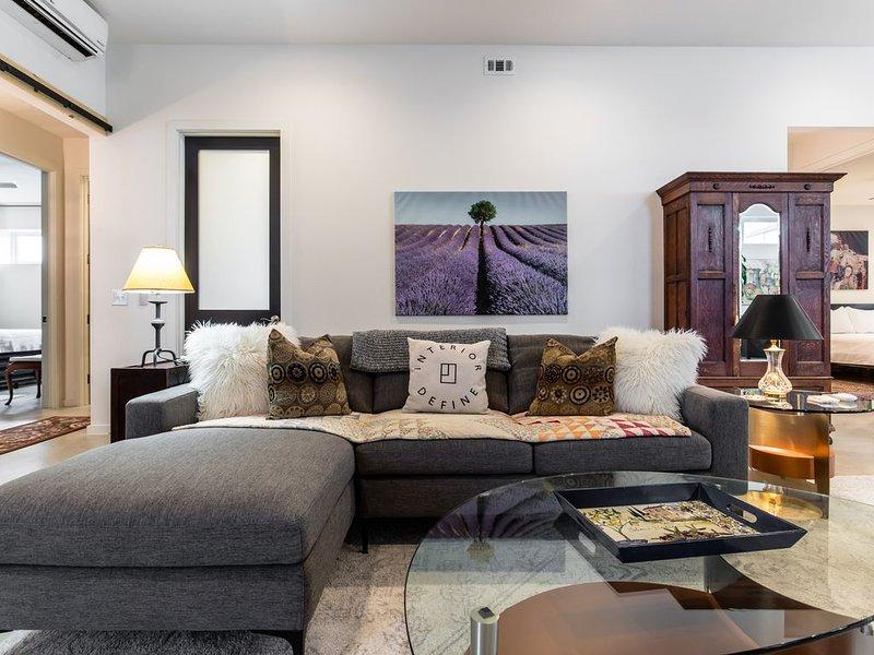 Urban Farmhouse - Close to Dallas Hot Spots!, vacation rental in Richardson