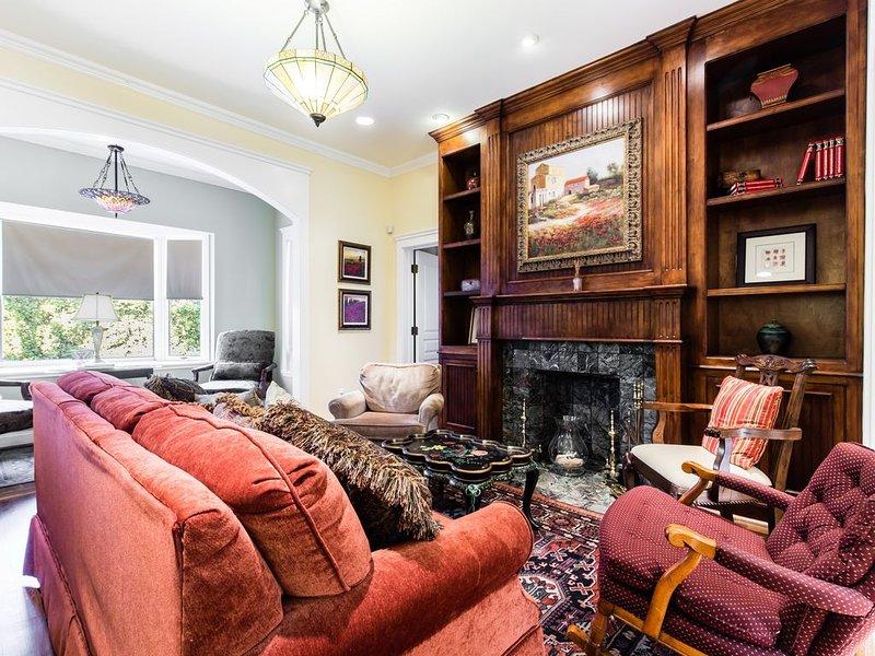 The Dickason Cottage - In the Hart of Oaklawn! – semesterbostad i Dallas