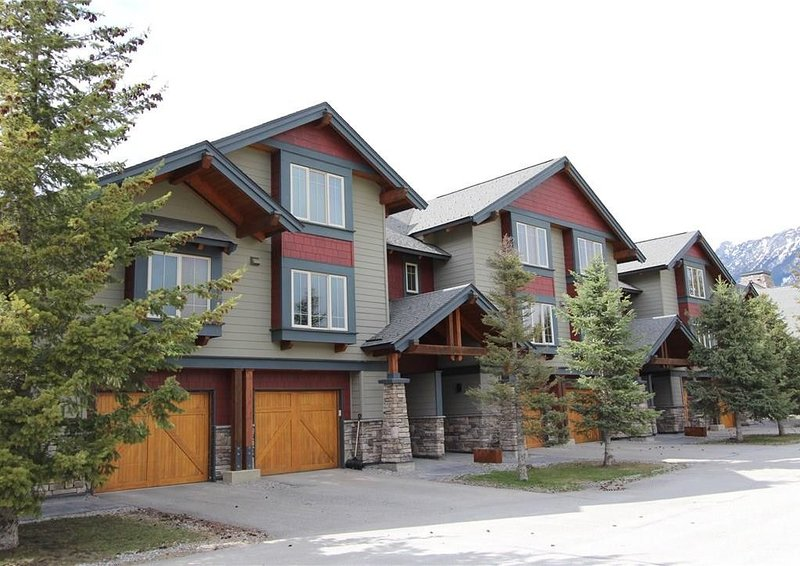 Awesome Fernie Accommodation, aluguéis de temporada em Fernie