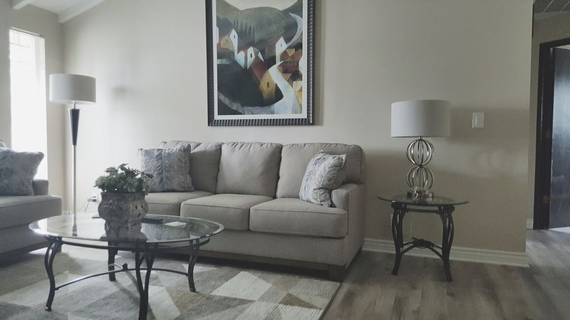 Overnight With Us - 4803 - 3 Bedroom, 2BA, 1 Car Garage, vacation rental in Moxee
