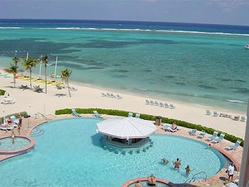1BR at Beautiful Morritt's Tortuga, holiday rental in East End