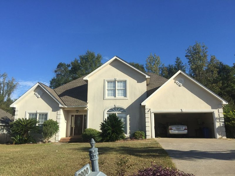 Big Space for Gameday Rental, holiday rental in Coker