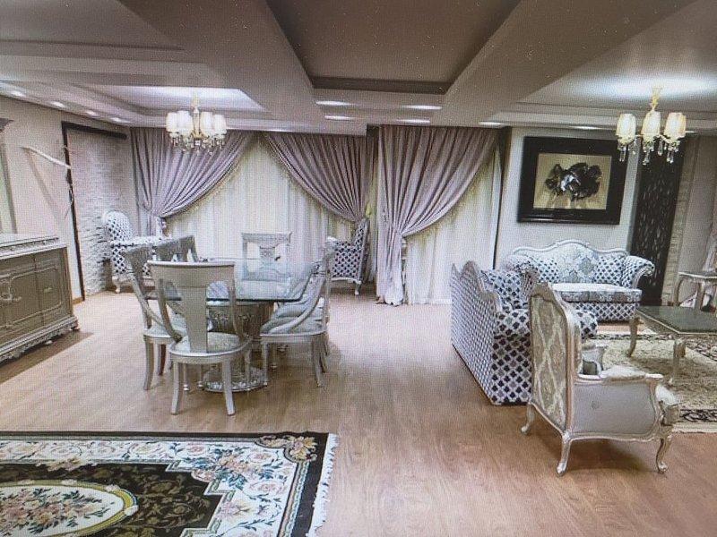 Platinum One Story Villa , 350 m , Heliopolis, holiday rental in Shubra Al Khaymah