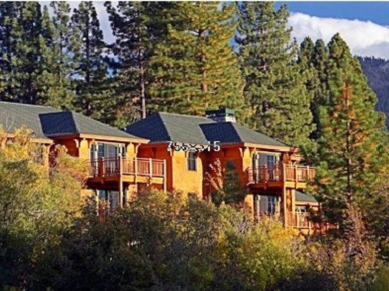Hyatt High Sierra Lodge - Incline Village - Gorgeous 2BR/2BA Penthouse, holiday rental in Carson City