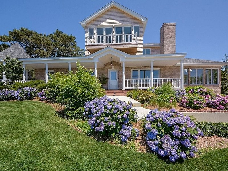 Breathtaking Ocean Views and Mesmerising Sunset in the Hamptons, vacation rental in Hampton Bays