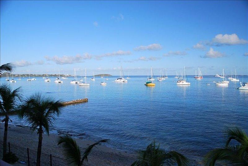 Oceanfront View Condo Marigot, holiday rental in Sandy Ground