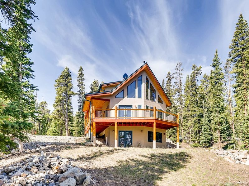 NEW HOT TUB -Pet Friendly/Mountain Views/ Gorgeous Vacation Home near Fairplay/B, casa vacanza a Fairplay