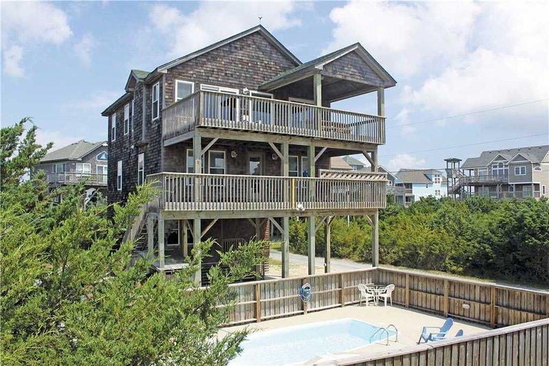 Oceanside in Hatteras w/Htd Pool&HotTub, RecRoom, holiday rental in Hatteras