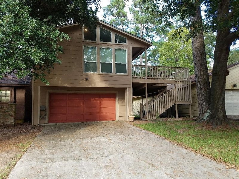 Margaritaville Resort and fun in the sun on Beautiful Lake Conroe, holiday rental in Montgomery