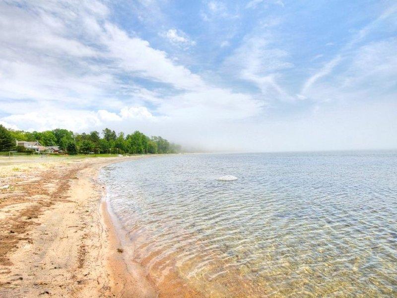 Ja stranden är verkligen DENNA FANTASTISKA! Denna stuga ligger precis vid stranden!