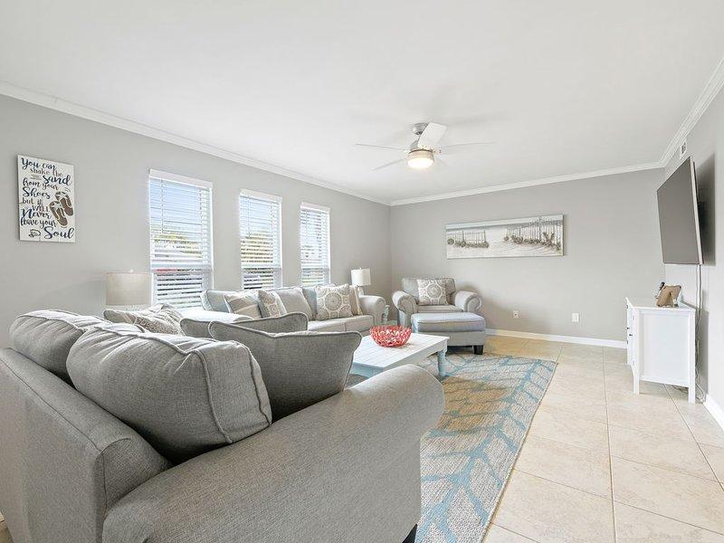 Amelia Island Condo 3bd/2.5ba-Close to beach, pool & Main Beach. Family friendly, vacation rental in St. Marys