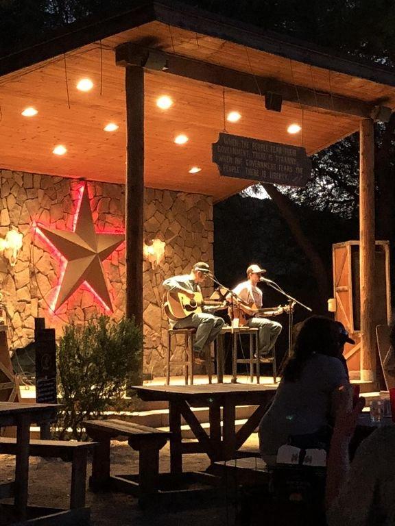Entretenimiento en vivo en San Tan Flats