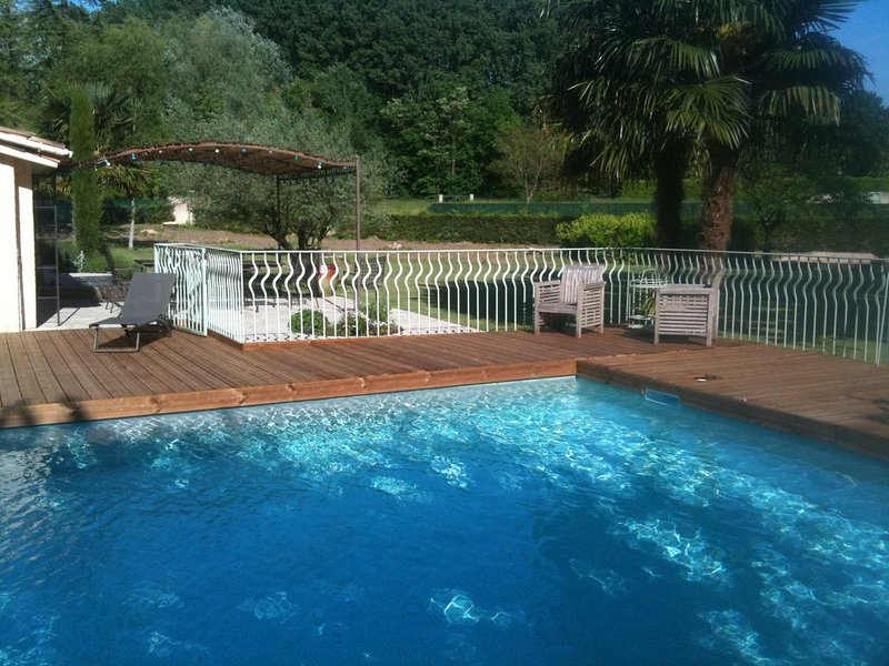 'Rhone Valley' Villa, holiday rental in Bourg-les-Valence