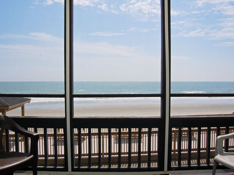 Sea Oaks Oceanfront 2bed/2bath, location de vacances à Murrells Inlet