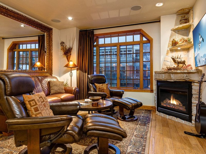 Best Location on Historic Main Street, Steps Away from Town Lift!, vacation rental in Park City