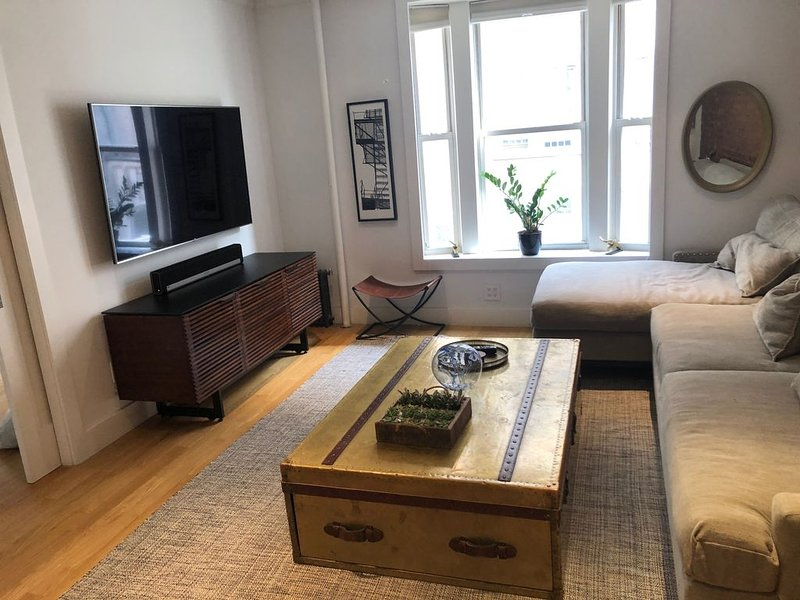 High-end, designer Chelsea/West Village loft, holiday rental in Hoboken