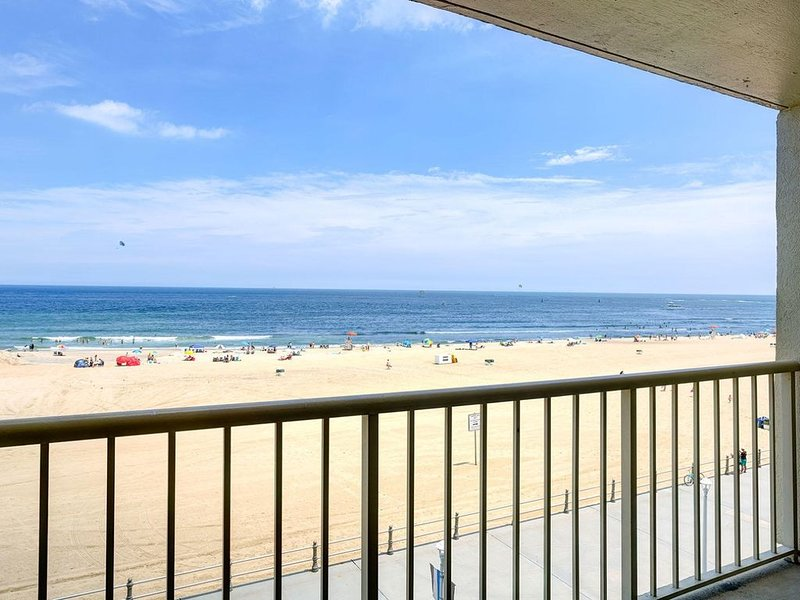 Available Aug 22-29, holiday rental in Virginia Beach