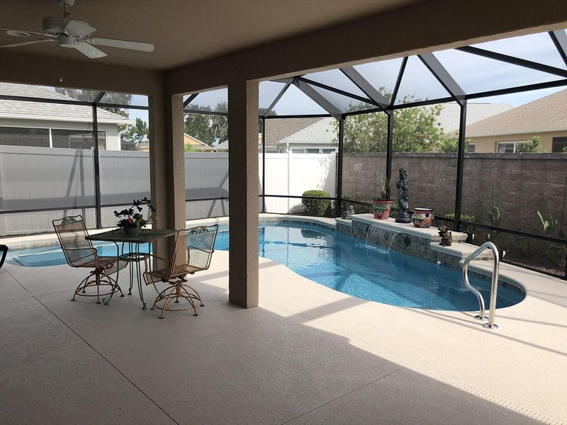 Brand new swimming pool - Luxury Living Across From Brownwood Paddock Square, Ferienwohnung in Coleman