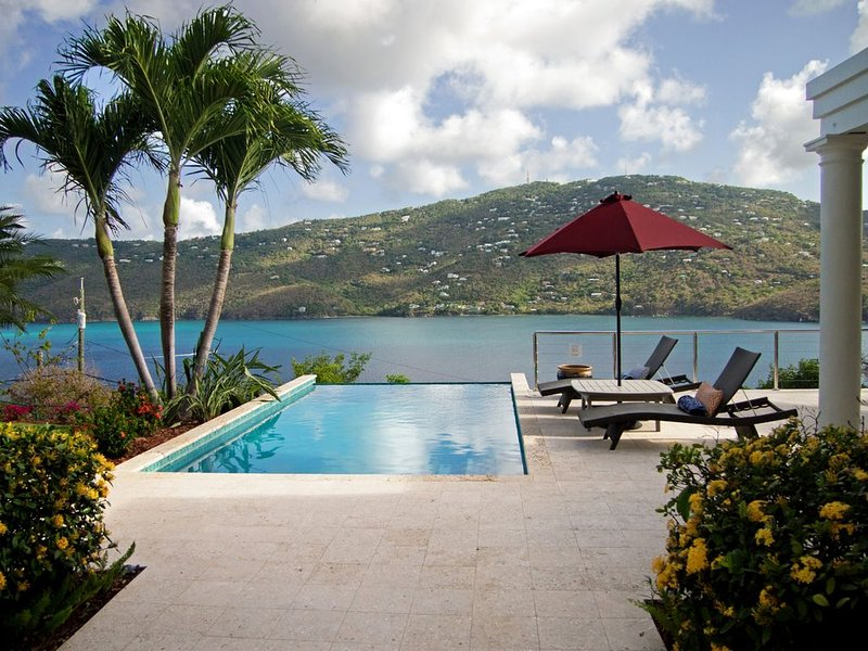 ST SOMEWHERE - 1st Class Luxury on Magens Bay, Ferienwohnung in Charlotte Amalie