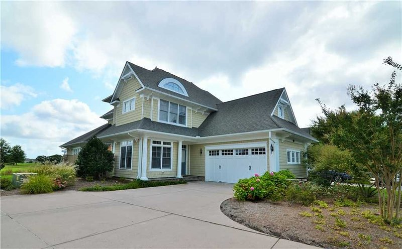 27229 Barefoot - Beautifully furnished 5 bedroom home in The Peninsula!, vacation rental in Millsboro