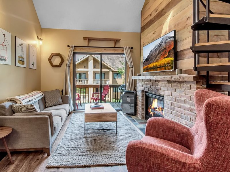 Renovated ski-in/ski-out condo at Holiday Valley, location de vacances à Olean