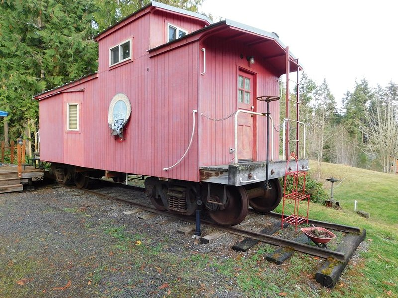 Caboose on the Olympic Peninsula, vacation rental in Sequim