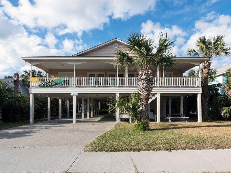 Down River - Covered Porch w/ Ocean Views; Pet Friendly, aluguéis de temporada em Edisto Beach