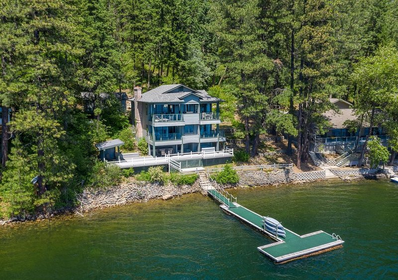 Spirit Lake House..., vacation rental in Newport