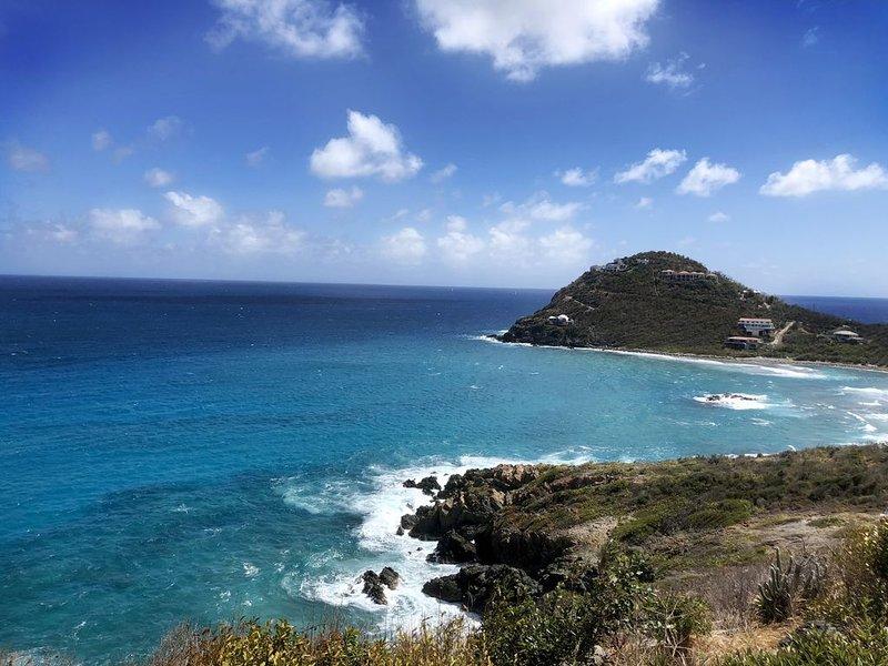 Blue' est View - Brand New... BLUE VIEW VILLA, holiday rental in Cruz Bay