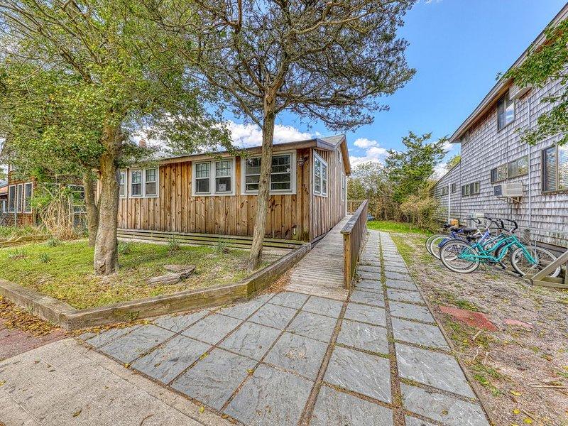 Beautiful, newly remodeled dog-friendly home near beach w/ great amenities, location de vacances à Ocean Beach