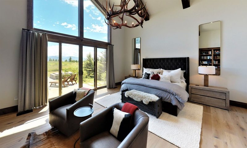 Summer Awaits You in this Peerless Shooting Star Lodge - Book Your Stay Today, location de vacances à Jackson Hole