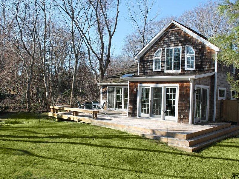 Perfect Summer Getaway in the historic hamlet of Springs, East Hampton, holiday rental in Springs