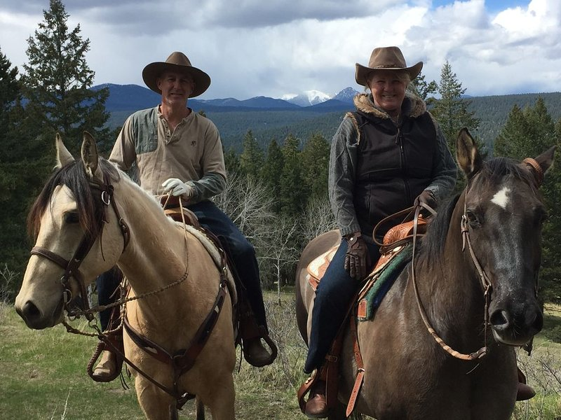 Experience a working guest Ranch in the Heart of Cowboy County, holiday rental in Cariboo