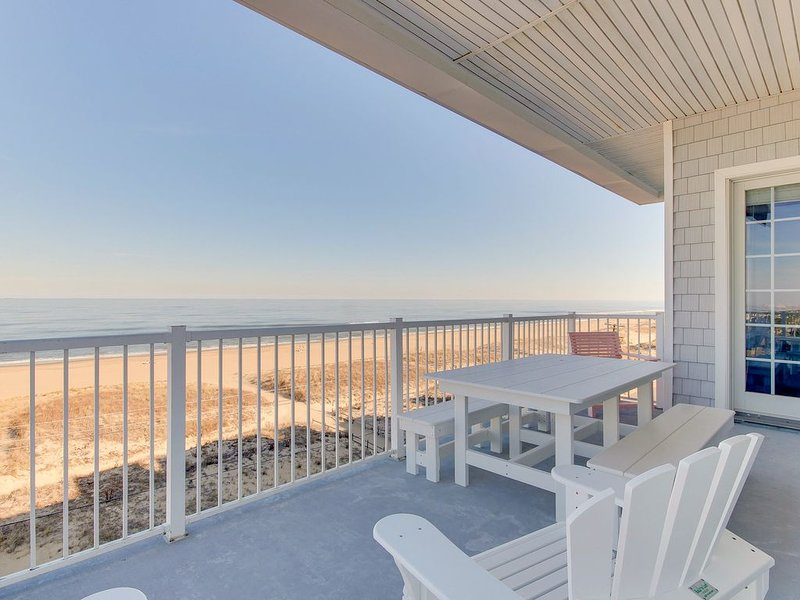 Atlantic View Penthouse 415 - Oceanfront Getaway with Amazing Ocean Views!, alquiler de vacaciones en Virginia Beach