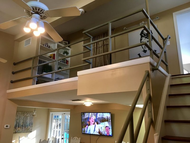Chic 2/2 Cottage -the ultimate Tampa location, holiday rental in Tampa