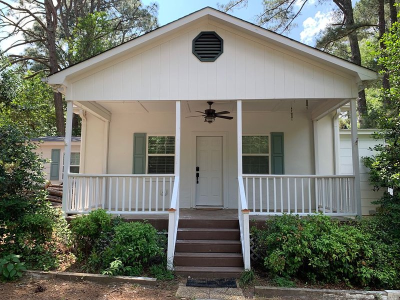 The Cottage at Bourbonville, casa vacanza a Southern Pines