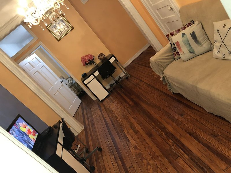 Charming Bedstuy Brownstone, holiday rental in St. Lawrence County