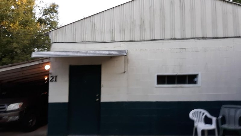 Pan Am Industry Building, holiday rental in Montgomery