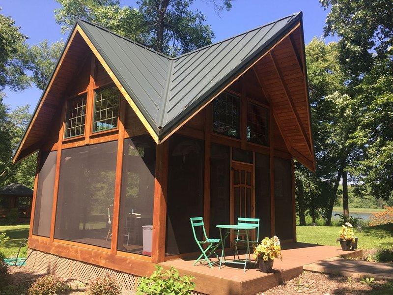Stunning Northern Minnesota Island, holiday rental in Henning