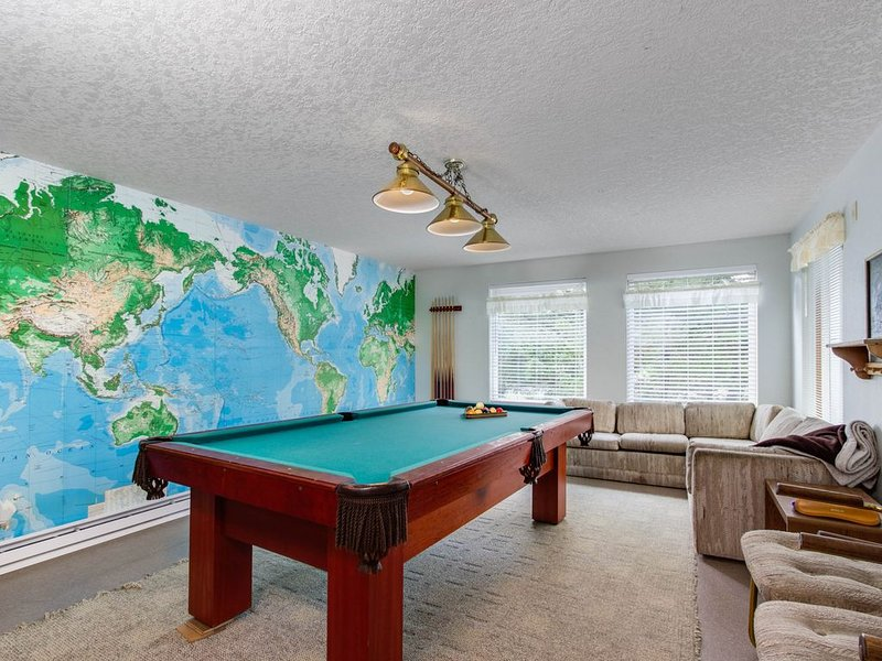 Comfortable house w/ pool table & Ping-Pong - beach down the street, alquiler de vacaciones en Neskowin